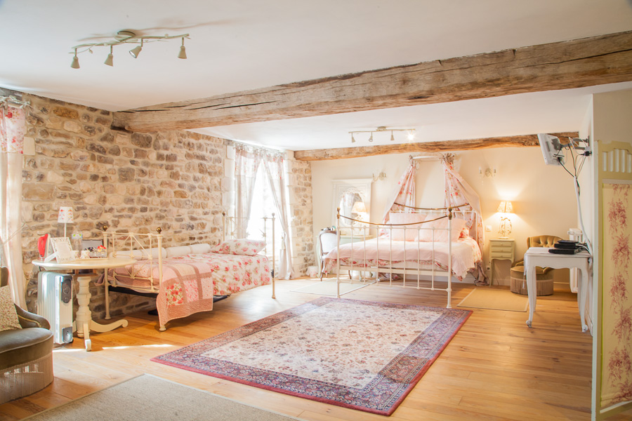 B&B - The Peony Room 2+1 - Luxury French Farmhouse Normandy - Barbery - France